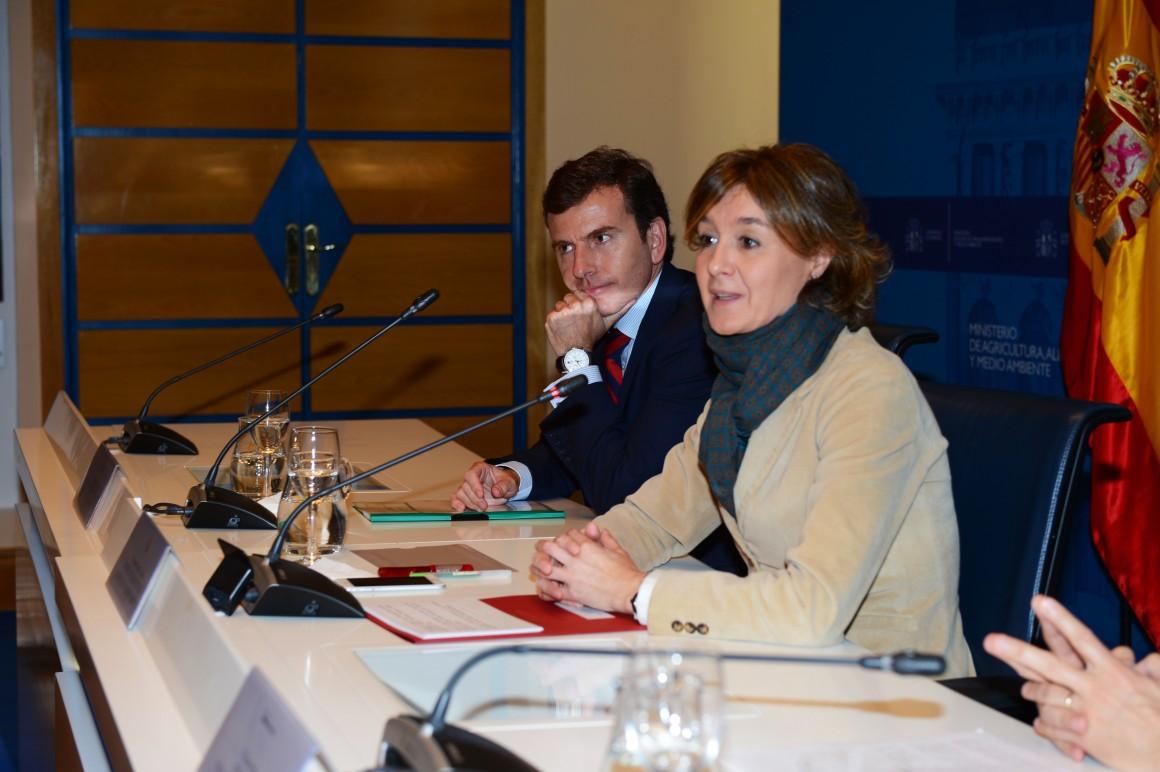 """García Tejerina: """"Los municipios deben estar en primera línea a la hora de conseguir los objetivos medioambientales globales"""""""
