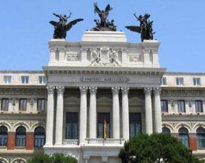 fachada del Ministerio Agricultura