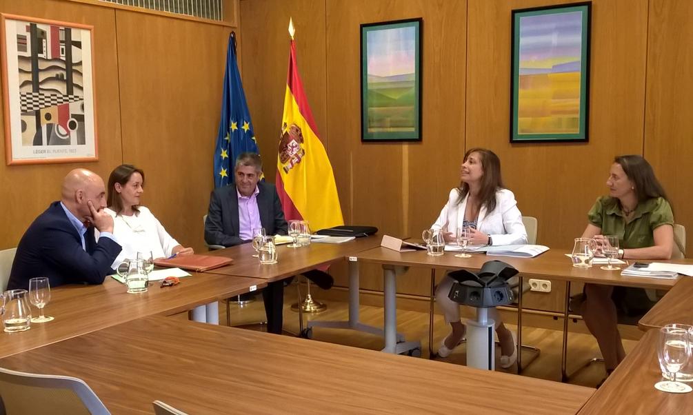 La directora general del Agua se reúne con el director general de Gestión Técnica de Medio Ambiente de Melilla en el marco del debate para alcanzar un Pacto Nacional del Agua