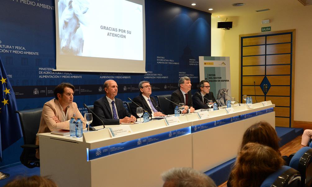 Carlos Cabanas destaca el potencial de actividad y crecimiento que tiene el sector equino tanto en su vertiente tradicional como en otros campos emergentes