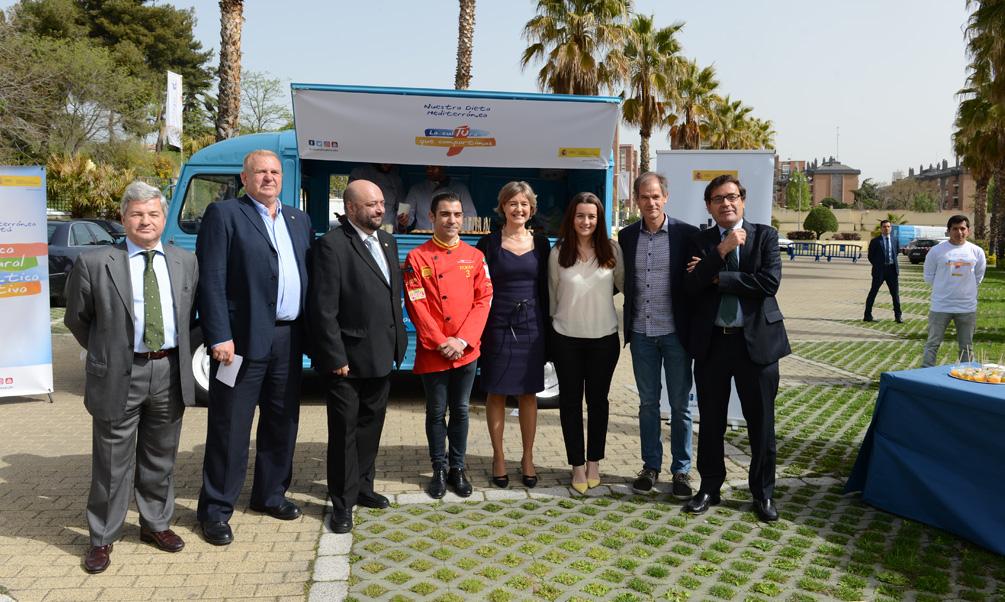 """Isabel García Tejerina: """"La Cultura Mediterránea es un ejemplo del compromiso del Gobierno para fomentar un estilo de vida saludable y un desarrollo sostenible""""."""