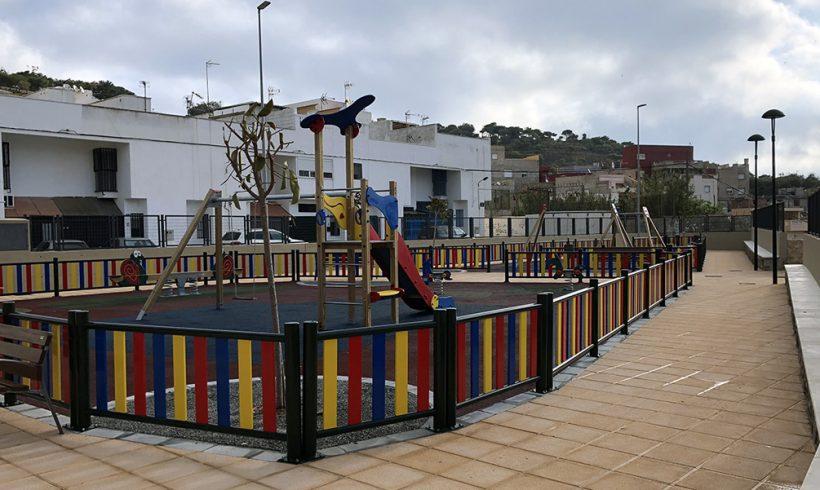 Los vecinos de Los Pinares ya disfrutan de un parque totalmente renovado.