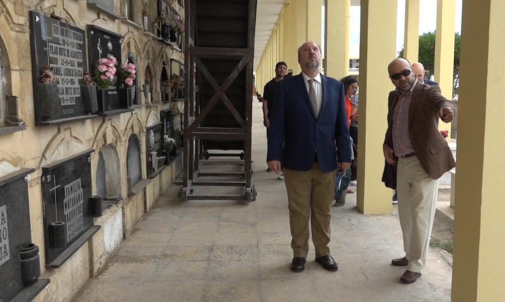 La Ciudad rehabilita las galerías de nichos del Cementerio de La Purísima