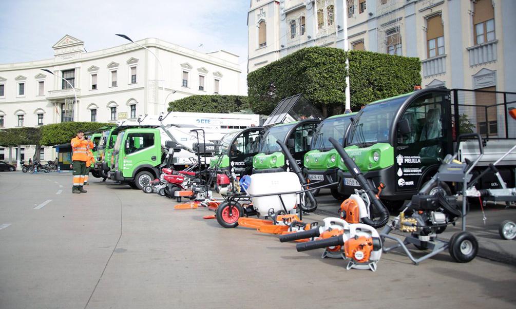 La Ciudad presenta parte de la nueva flota para el servicio de Parques y Jardines