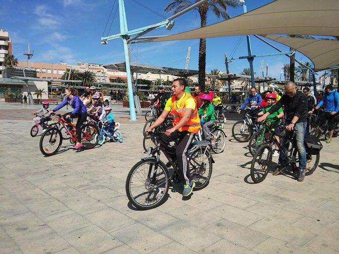 El Área de Movilidad promueve el uso de la bicicleta como medio de transporte para mantener el distanciamiento social