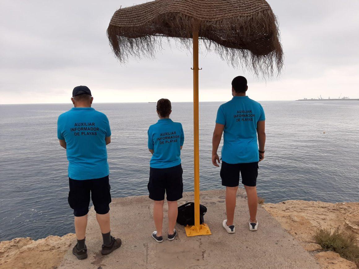 Comienza el servicio de auxiliares informadores de playa
