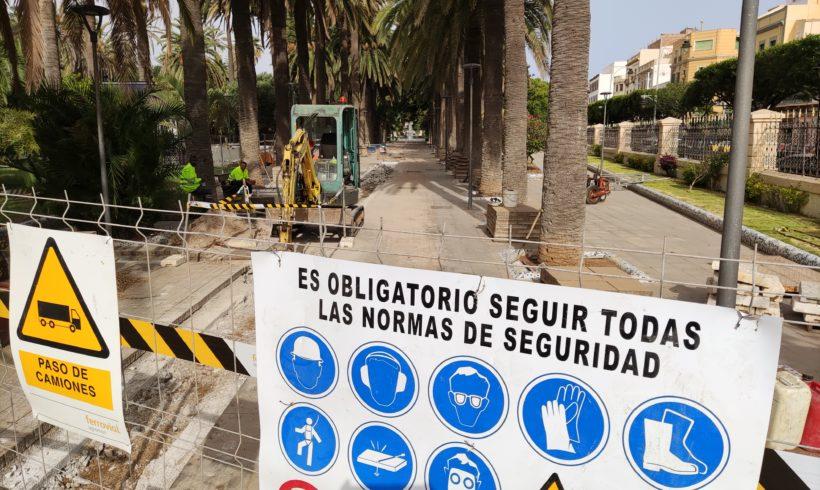 Medio Ambiente instala una nueva red de riego en el Parque Hernández