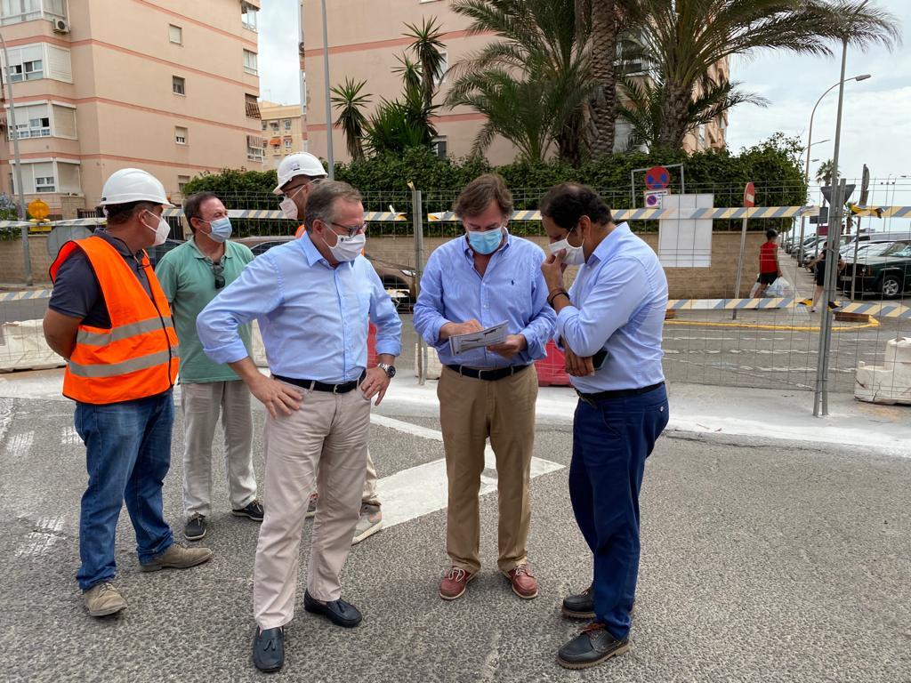 Comienzan las obras de la nueva ordenación de las calles Carlos V y Marqués de Montemar