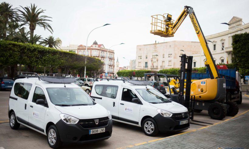 La Consejería de Medio Ambiente y Sostenibilidad presenta los nuevos vehículos de los Servicios Operativos de la Ciudad
